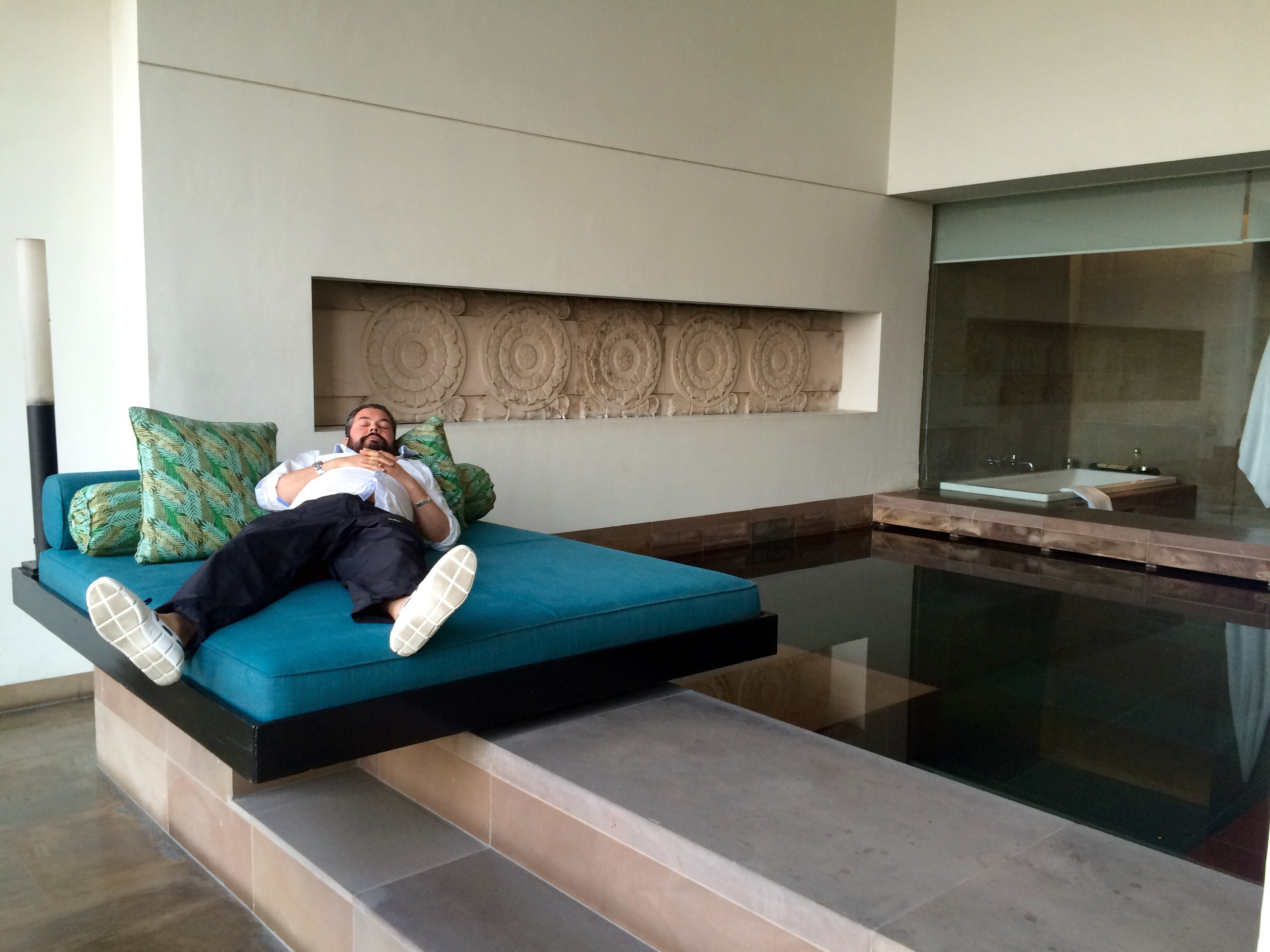 Back in Delhi -Indian adventures part three! Swimming pools in ...